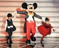紅白 愛菜ちゃん&福くん&ミッキー 画像.PNG